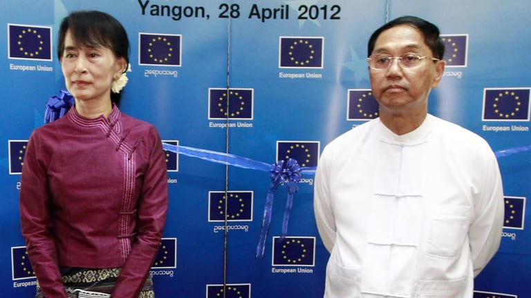 Myanmar NPL leader Aung San Suu Kyi and Myint Swe at the opening  of the EU office in Yangon.