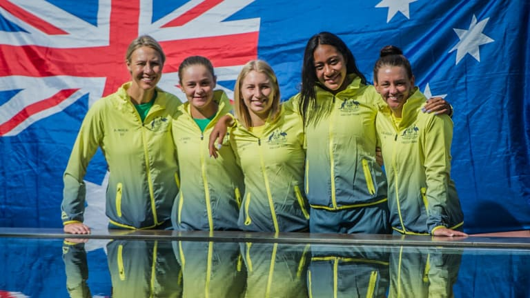 Australian Fed Cup captain Alicia Molik has backed Sam Stosur to return for their showdown against the Netherlands.