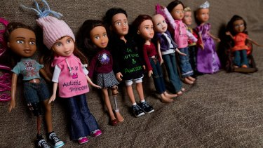 Dolls adapted by Maria Kentley. She repairs discarded toys and transforms them into dolls that better represent children with disabilities and illnesses.