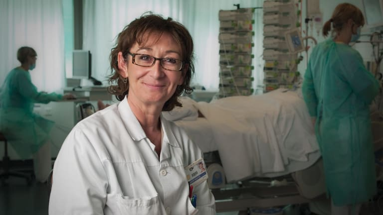 Impact Journalism Day: Maryse Davadant, intensive care nurse and pioneer in hypnosis at the Chuv hospital in Lausanne, Switzerland.