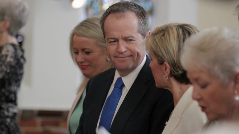 Opposition Leader Bill Shorten and Liberals Deputy Leader Julie Bishop during the service at Canberra Baptist Church in 2015.