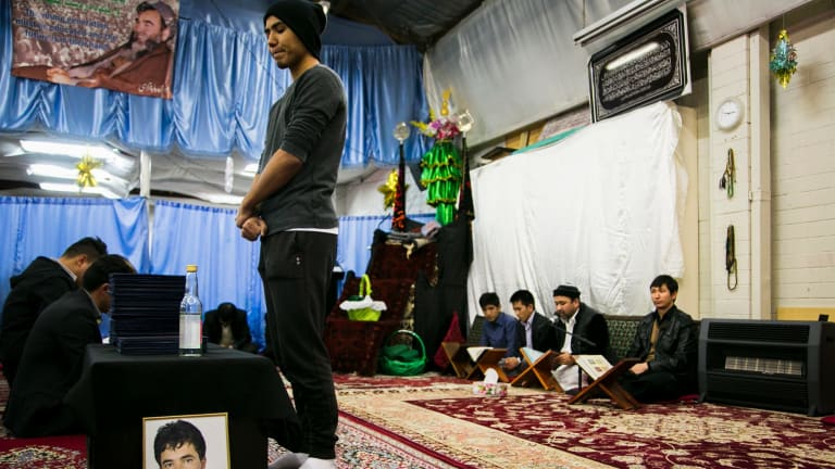 Friends pay tribute to asylum seeker Mohammad Hadi who took his own life in Sydney at his fateha, a ceremony where friends and community give prayers for the dead.