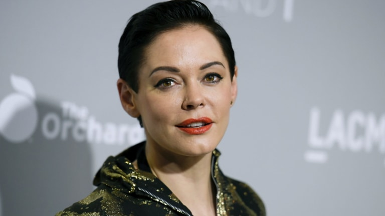 The family of Rose McGowan's former manager Jill Messick have blamed McGowan over her death.