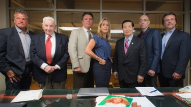 Forensic experts James Kolar, Dr. Werner Spitz, James Fitzgerald, Laura Richards, Dr. Henry Lee, Jim Clemente and Stan Burke came together on the case.  Photo: Neil Jacobs/CBS ?2016 CBS Broadcasting, Inc. All Rights Reserved