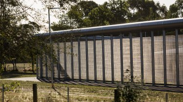 Fifteen teenagers escaped from Malmsbury Youth Justice Centre.