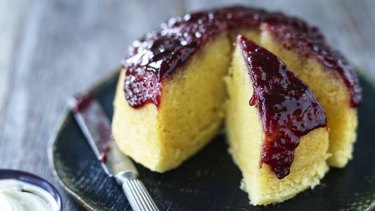 Vanilla steamed pudding with raspberry jam.