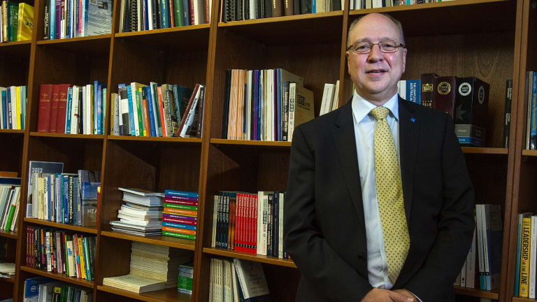 Peter Dawkins, vice-chancellor of Victoria University, says the government should consider a compromise on university funding.