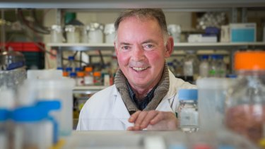 Australian National University scientist Graham Farquhar was the first Australian to win a Kyoto Prize. He has been named the Senior Australian of the Year.