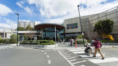 GPT and its wholesale shopping centre fund now fully own Highpoint.