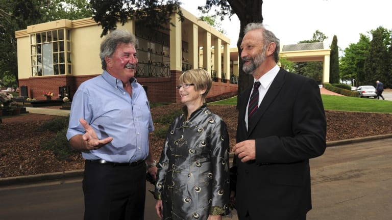 Builder Alf Dimarco, Canberra Cemeteries chair Diane Kargas and CEO Hamish Horne.