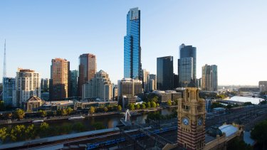 More than 95,000 Australians moved to Melbourne in the year to December, new figures show.