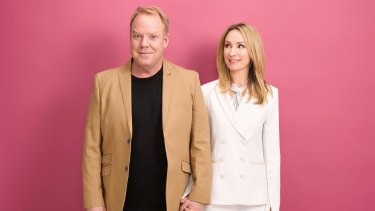 Pete Helliar and Lisa McCune.