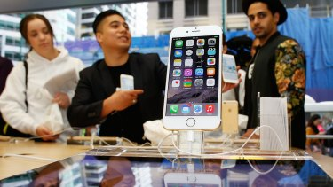 iPhone 6 sold 10 million units in a weekend.