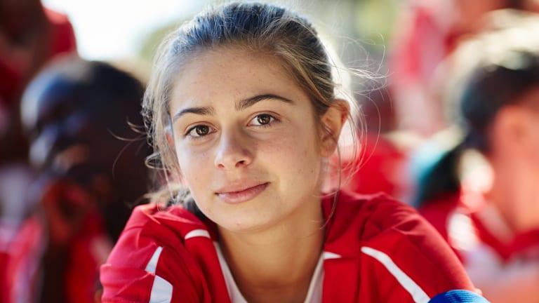 Emmanuelle Mattana as Marnie in Mustangs FC
