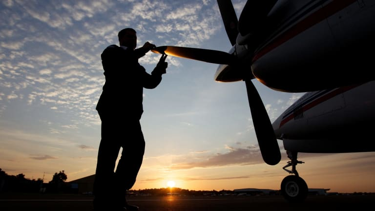 Royal Flying Doctor Service clinic to Moree.