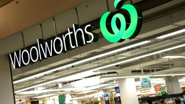 Woolworths is struggling to match Coles on grocery prices.