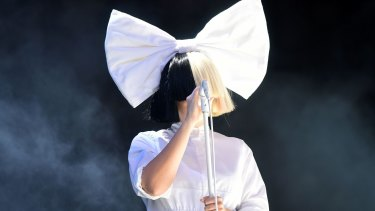 Adelaide superstar Sia is swapping chandeliers for Christmas trees with an album of original holiday songs.