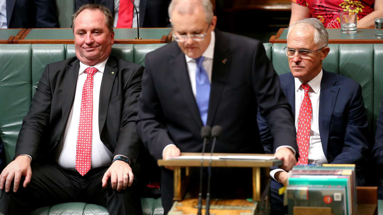 Barnaby Joyce, Scott Morrison and Malcolm Turnbull have all sung from the same songsheet on Monday in calling for Bill Shorten to sack Sam Dastyari.