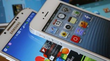 Frenemies: Apple and Samsung.
