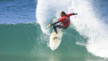 Ron Schneider has died in a surfing accident in Indonesia.