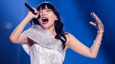 Who can top Dami Im?