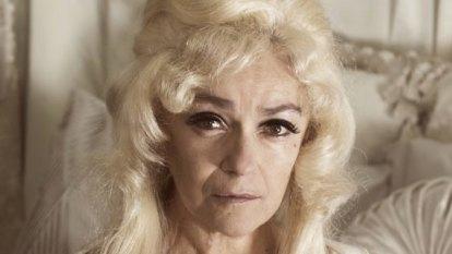 Stage play Arbus & West imagines what happened when Mae West met Diane Arbus?