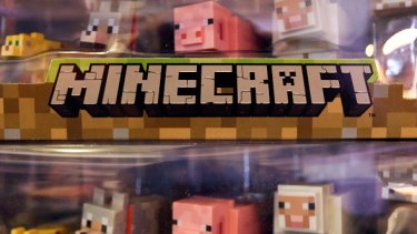 Characters from Minecraft.