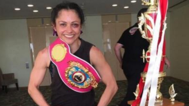 WA's newest world champion boxer - Louisa Hawton from Kardinya
