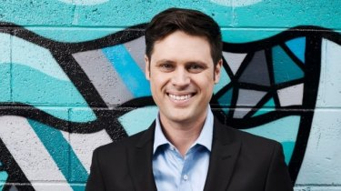 Former SBS reporter Scott McIntyre tweeted contentious views about the Anzac legend for the second Anzac Day in a row.