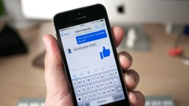 Giving a huge thumbs up in messenger.