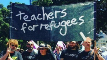 Teachers for Refugees plan to campaign against Australia's   refugee policies by wearing special T-shirts to school this week.