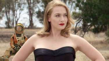 A dejected Matt Damon takes second place behind Kate Winslet as <i>The Dressmaker</i> trounces <em>The Martian</em> at the Australian box office.