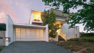 9 Finniss Crescent, Narrabundah, another Townsend + Associates Architects project.