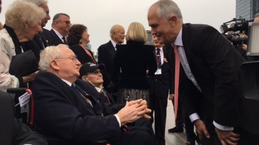 Malcolm Turnbull meets Coral Sea veterans during his visit to New York.