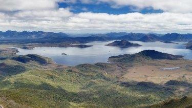 Lake Pedder from Mt Eliza, Southwest National Park, Tasmanian Wilderness World Heritage Area, Tasmania.