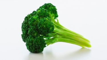 Get your greens: The alkaline diet is popular and claims many benefits, but scientists question the theory behind it.