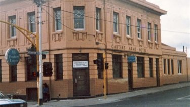 The now-demolished Carters Arms hotel in 19895.