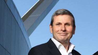 Canberra's own internet sensation Chris Uhlmann is joining Channel Nine.