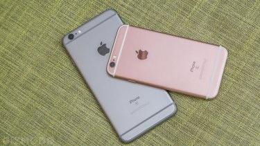 Apple says the issue only affects a small number of 6s units made in September and October 2015.