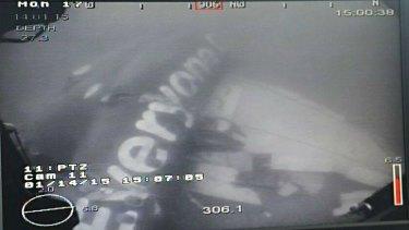 Submerged AirAsia fuselage.
