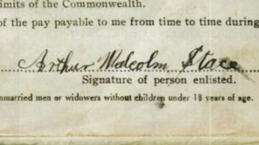 Arthur Stace's signature on a military enrolment form.