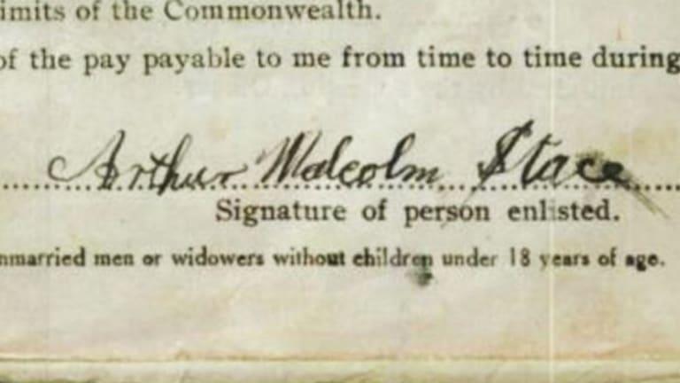 Arthur Stace's signature on a military enrolment form.