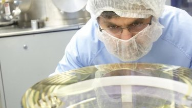 Putting the optical coating on mirrors for use at LIGO in the CSIRO Precision Coating Lab in Lindfield, Sydney.