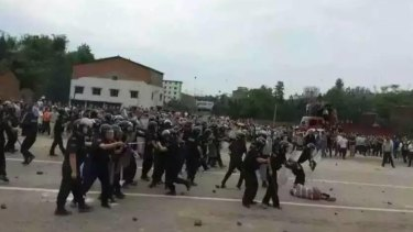 Residents demanding a high-speed rail link clashed with police in Linshui in western Sichuan.