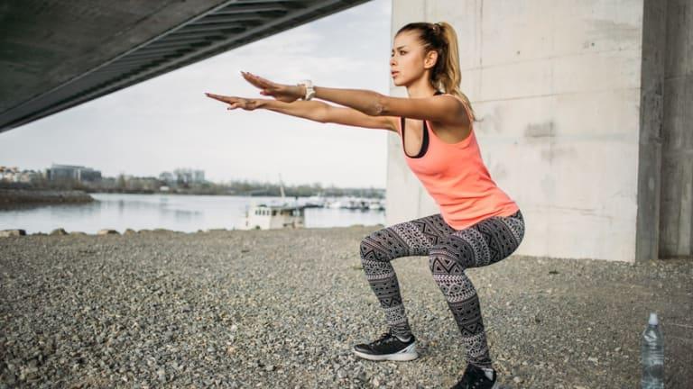 Deep Squats Arent Dangerous But Technique Is Important