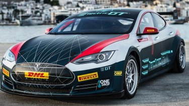 A fully electric Tesla Model S P85+