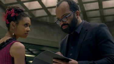 Maeve enlightening Bernard about his status as a host and 'jailor' in Westworld episode 9.