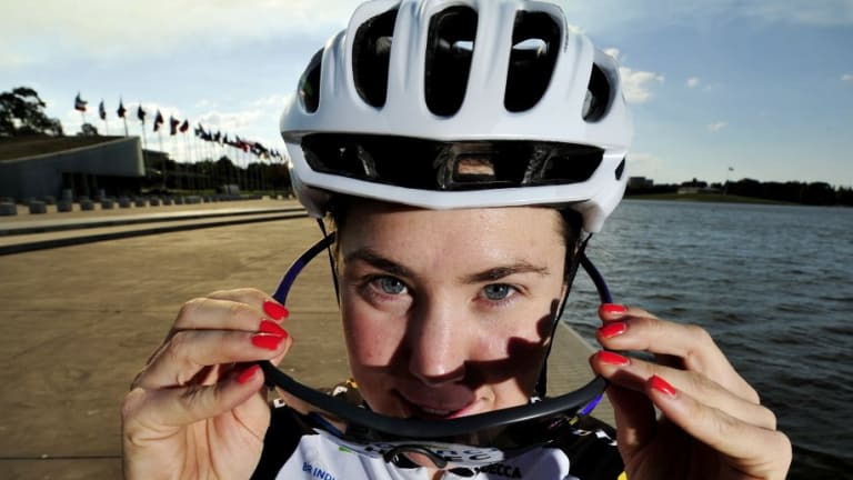 Canberra cyclist Chloe Hosking won stage three of the Women s Tour Down  Under. 53ac83915