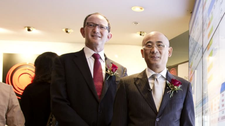 Sydney Stock Exchange (formerly Asia Pacific Stock Exchange) COO David Lawrence (left) and chairman George Wang.