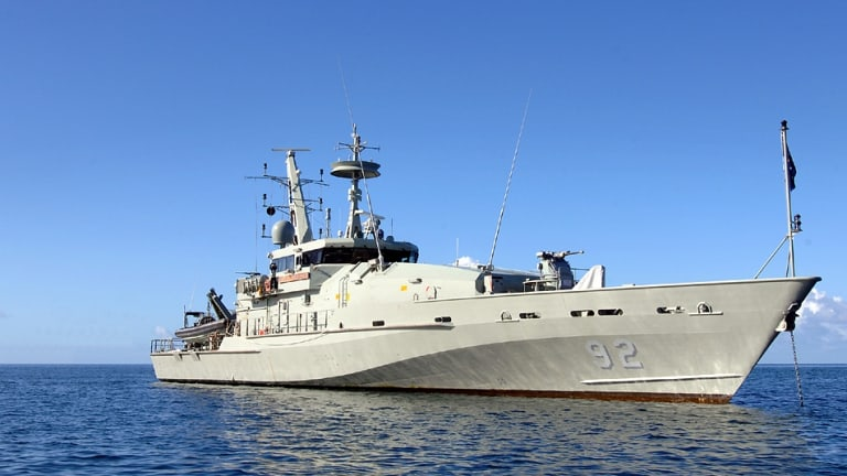 Sources have confirmed the HMAS Wollongong was the navy ship that intercepted the asylum seekers.